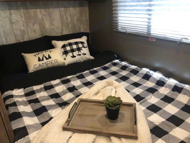 XL full bed. Winnebago Outlook 25J 2019