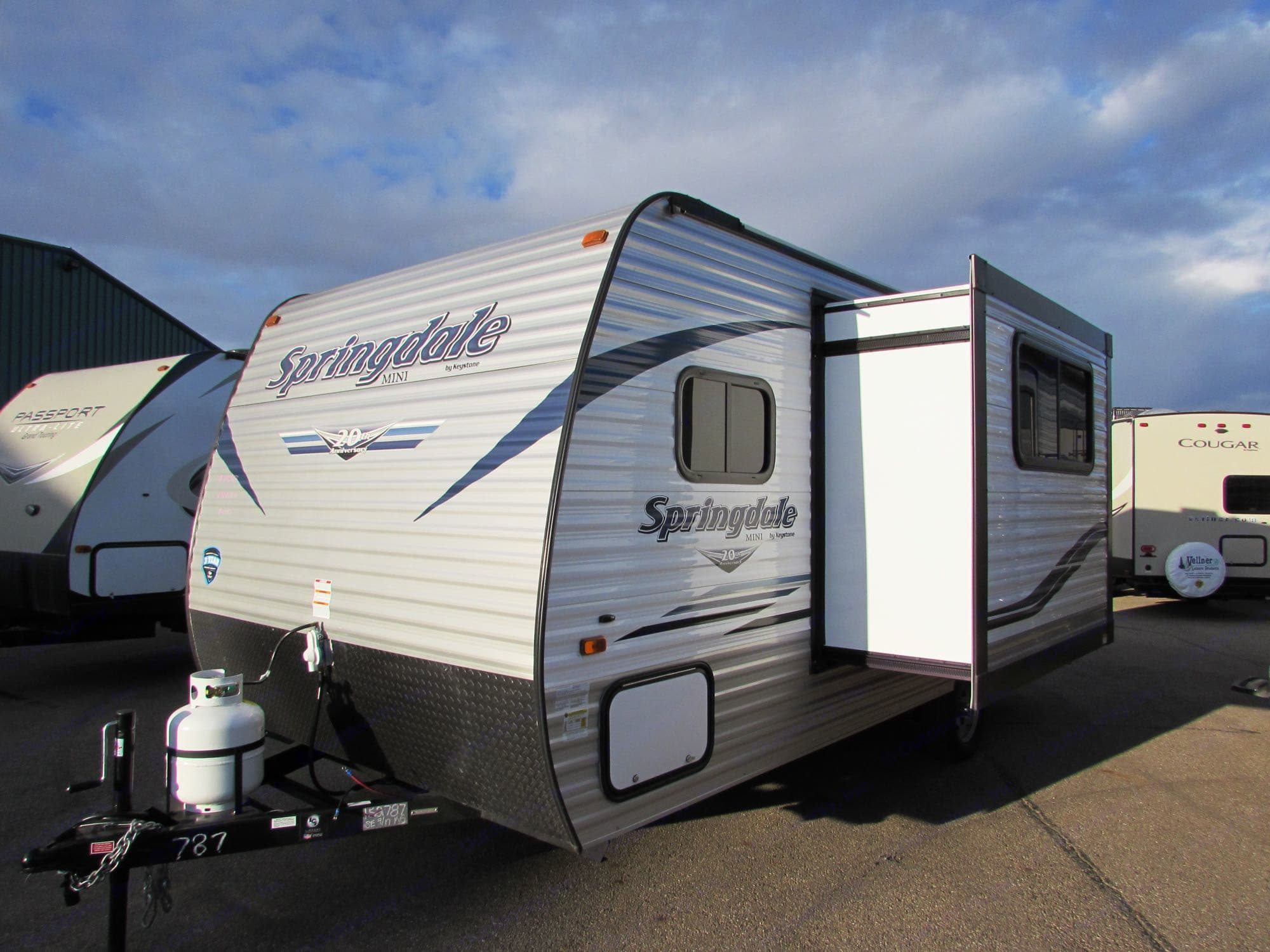 Slide provides extra living space!. Keystone Springdale 2019