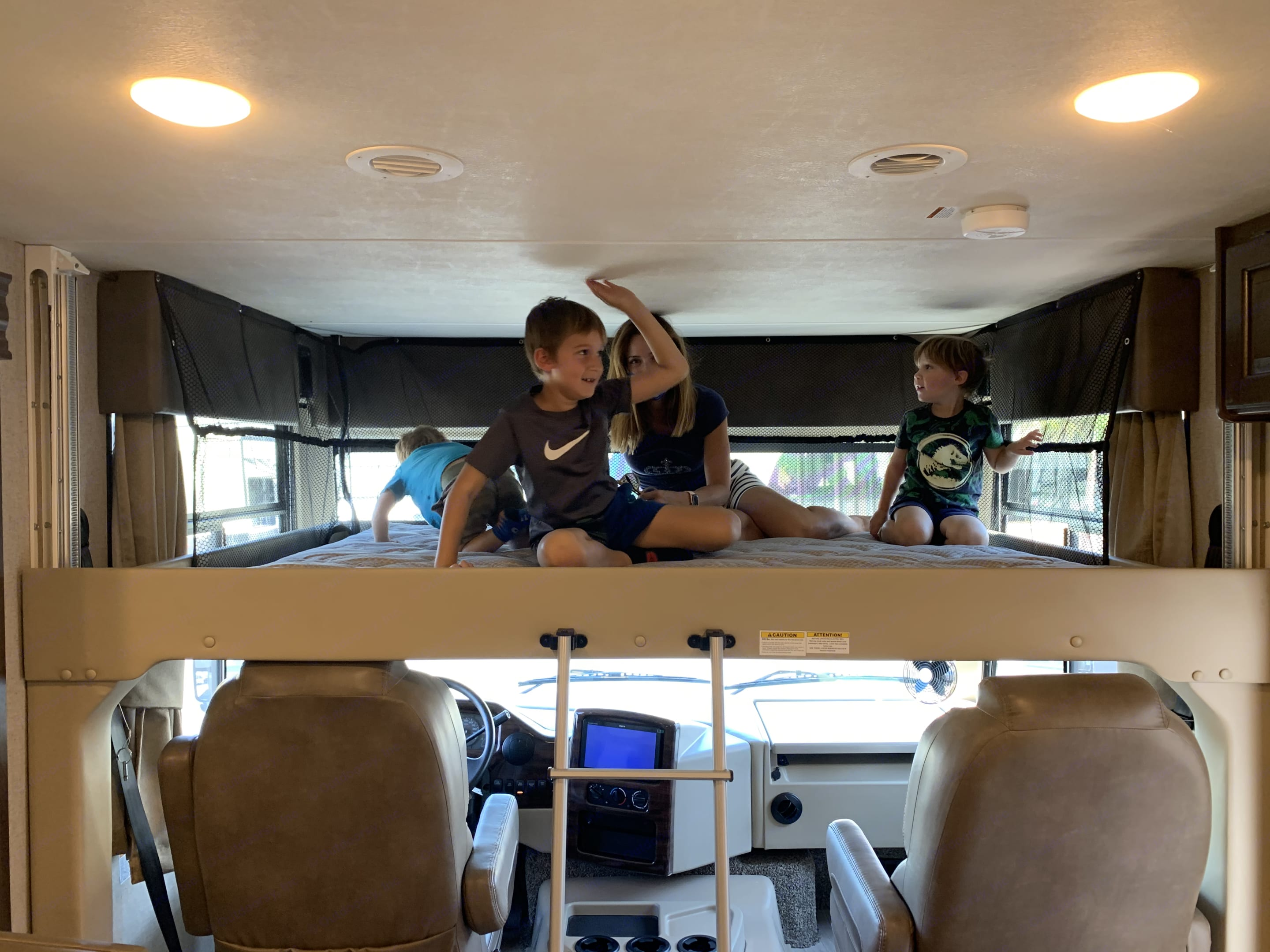 Bunk bed (pls note picture of from a 2020 model year, but bed is identical). Thor Motor Coach Hurricane 2018