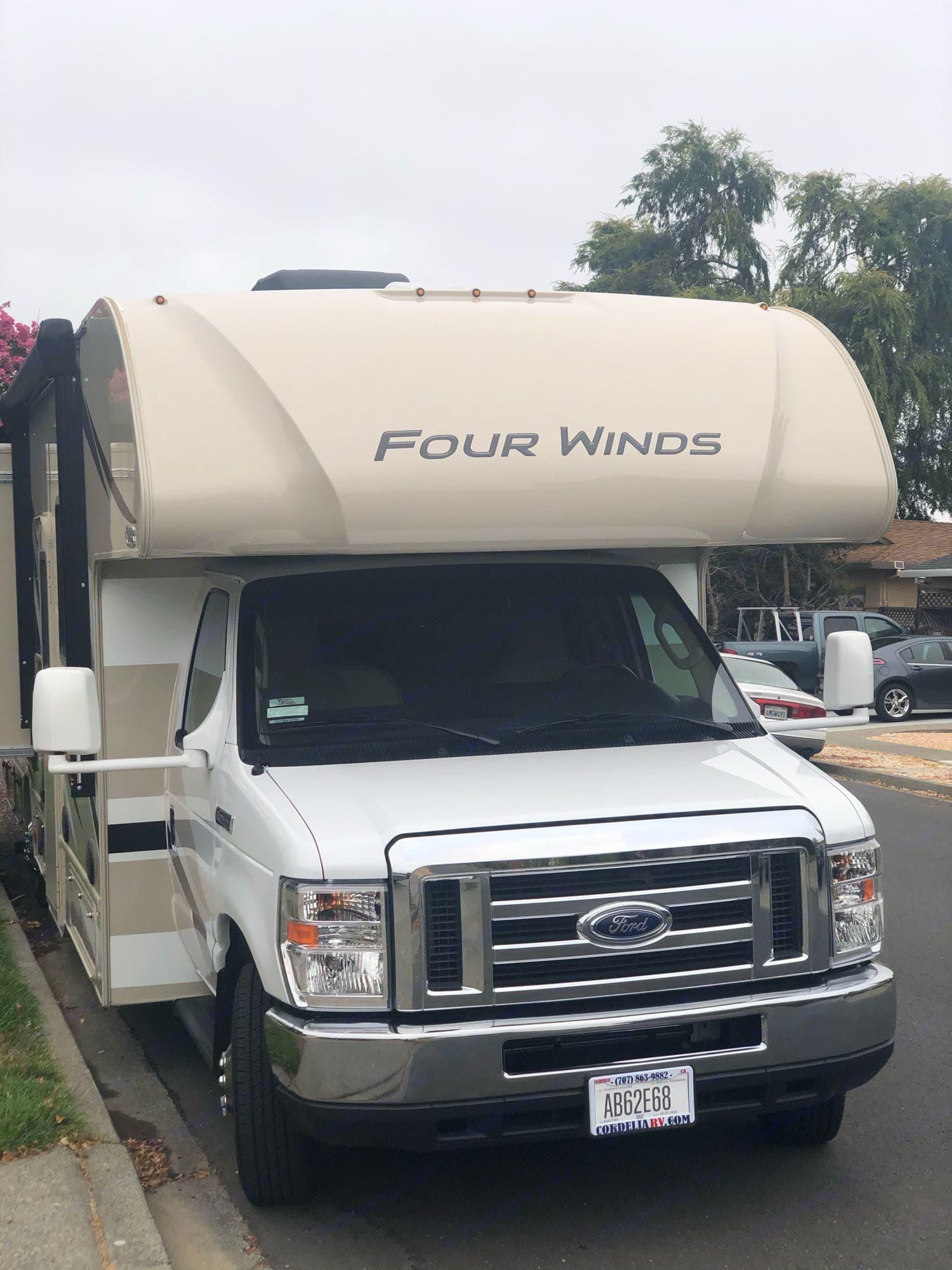 Thor Motor Coach Four Winds 2019