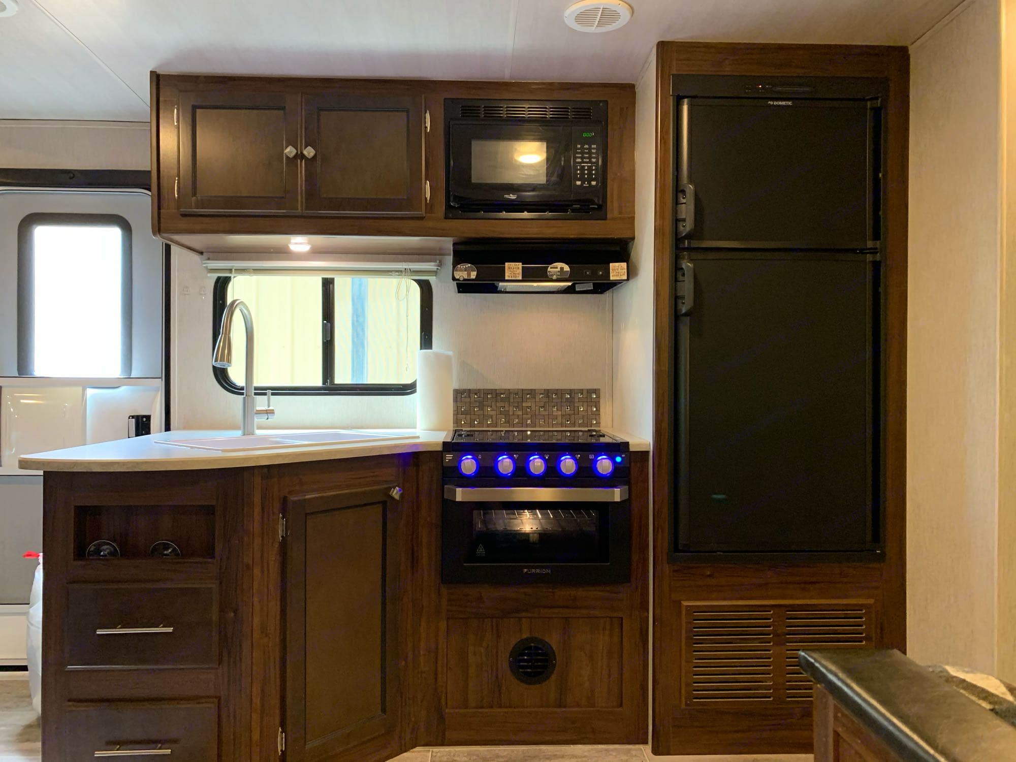Fully stocked kitchen... with a 3 burner stove and oven.. microwave.. refrigerator & freezer.. Heartland Other 2018
