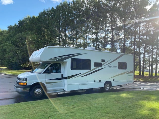 The Glam Camp ready for its next adventure.. Chevrolet Freelander Coachmen 2020