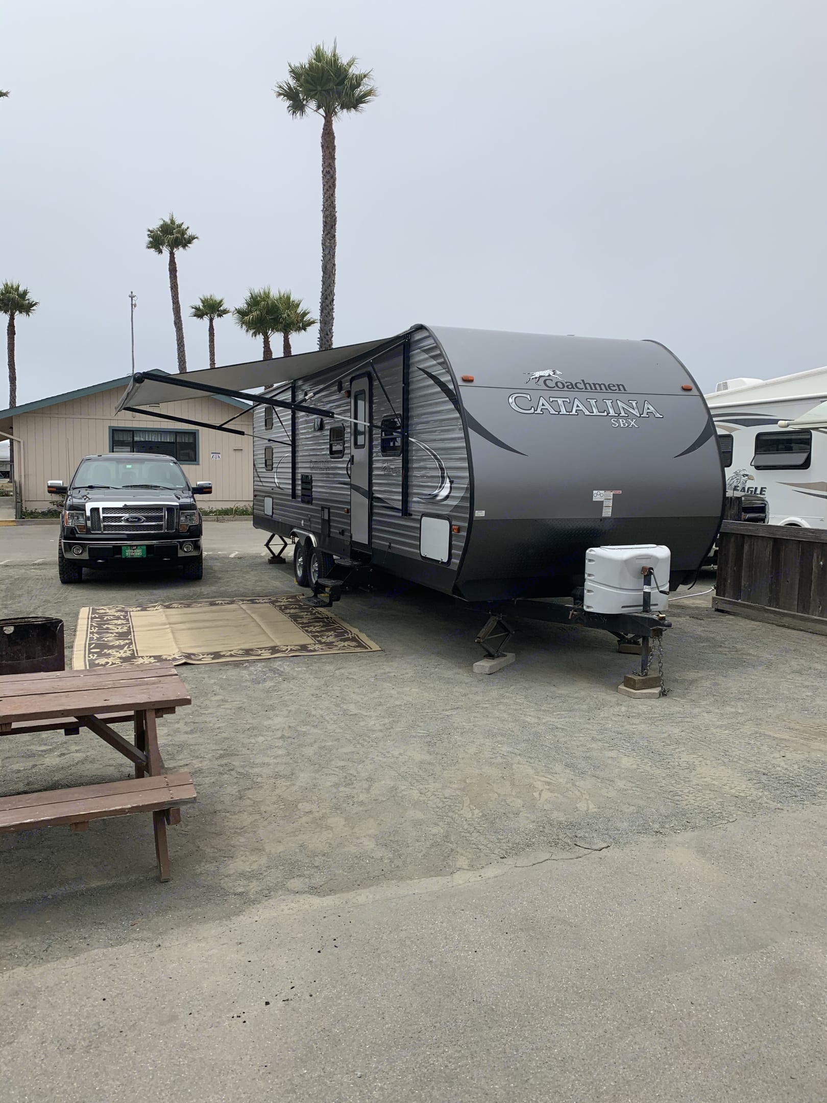 Delivery setup and pickup is the only way to travel! This is what you arrive to at your campground!. Coachmen Catalina 2017