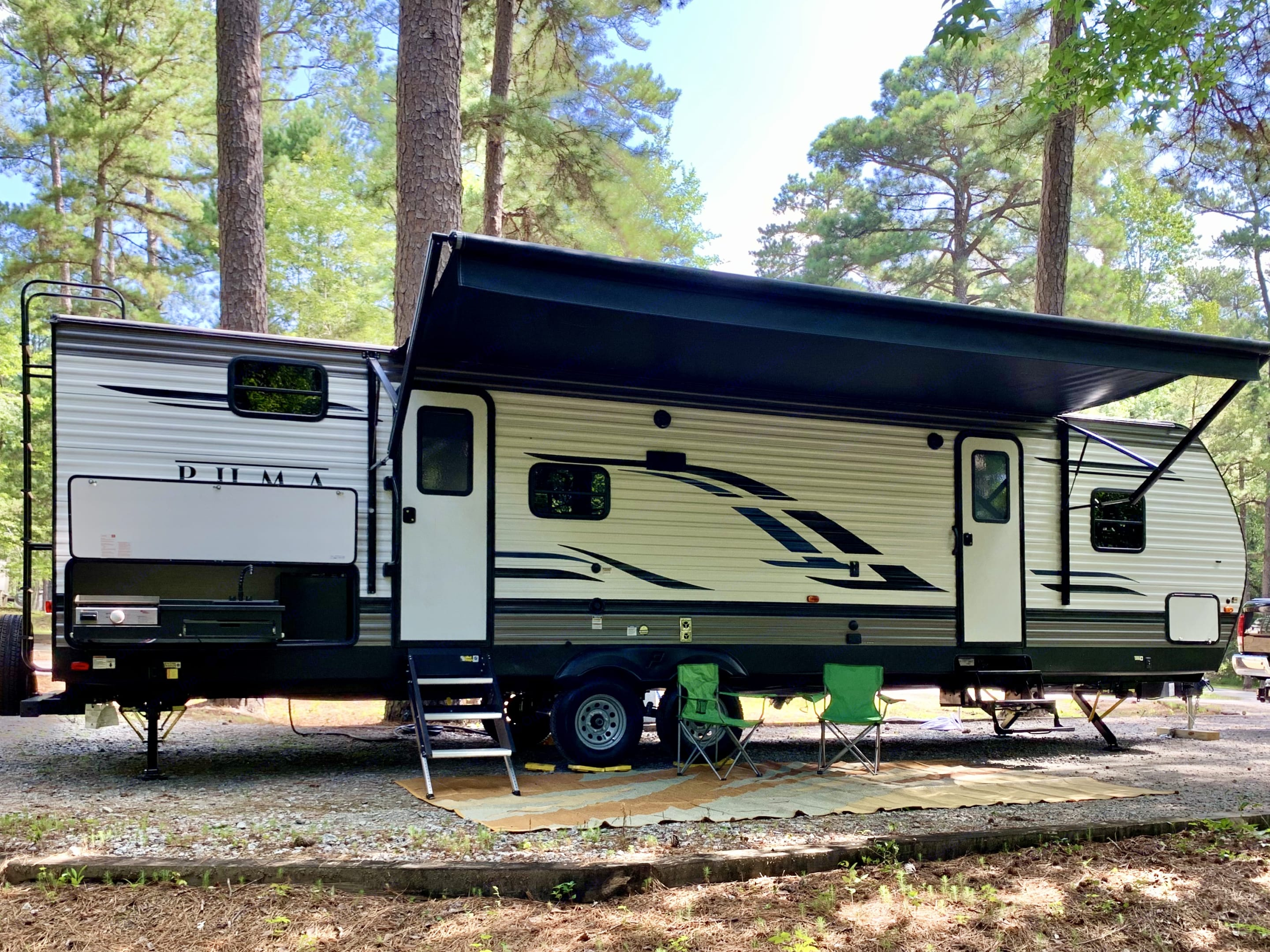 Plenty of room to relax. Forest River Puma 2020