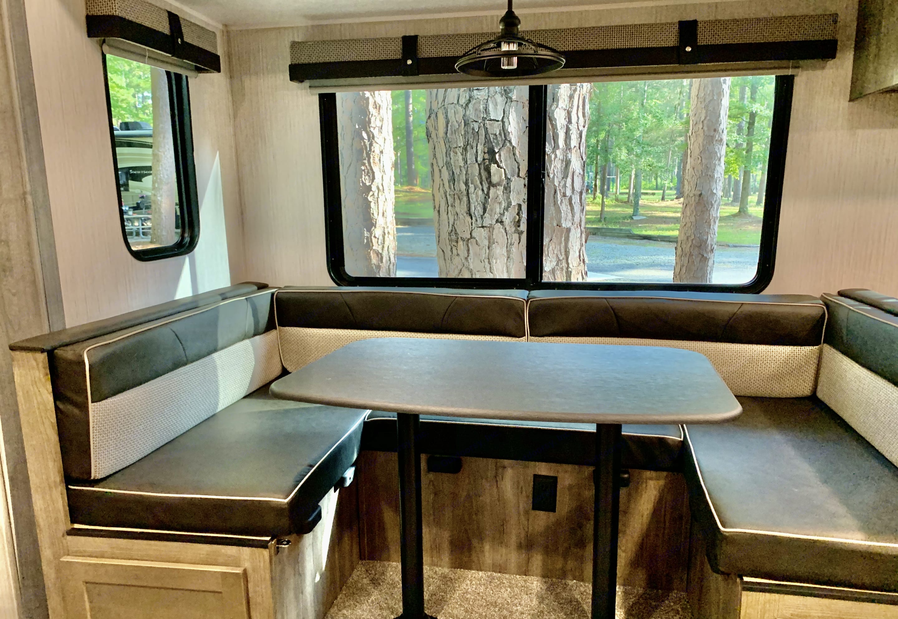 Dining booth. Forest River Puma 2020