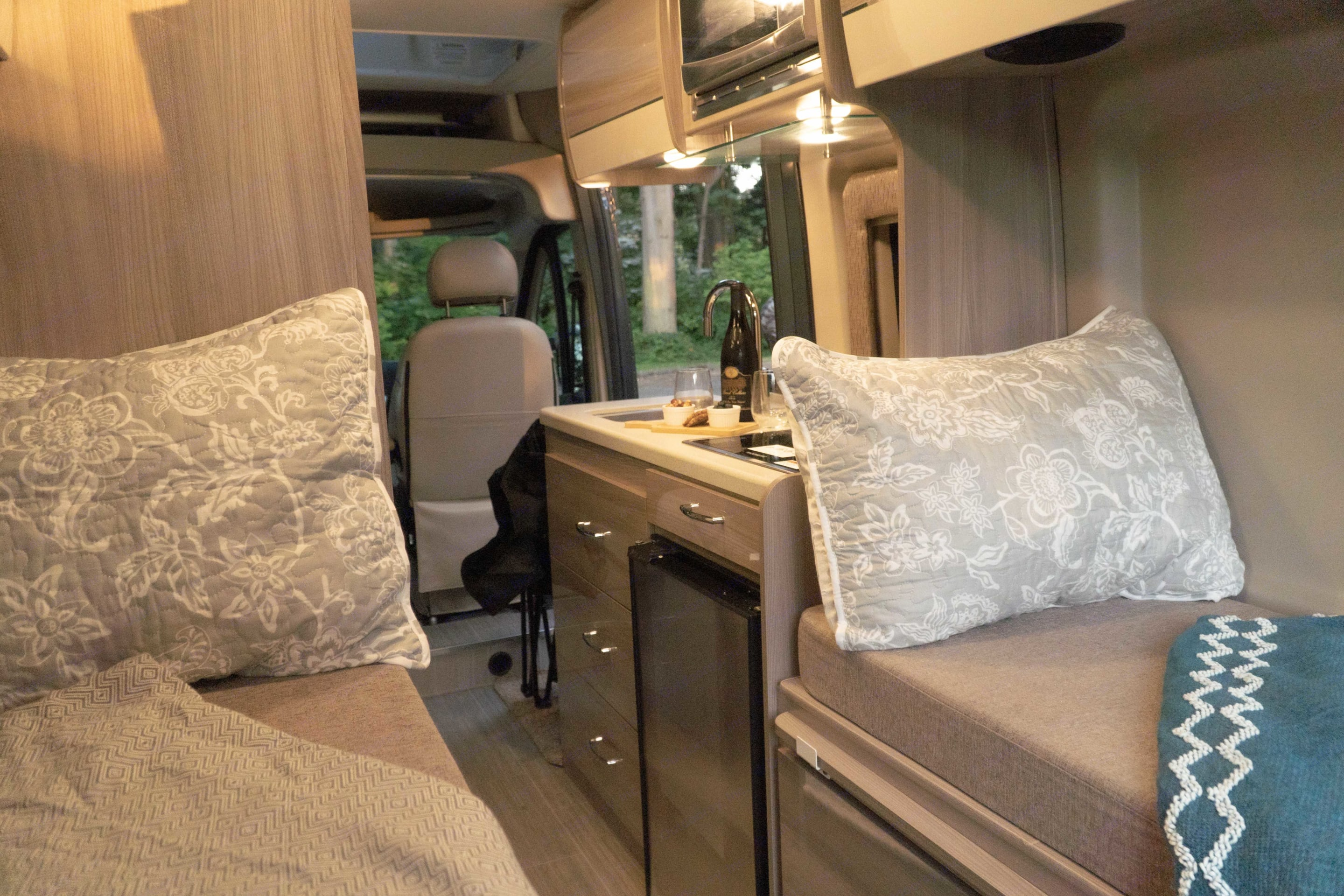 Bedroom set up as two twins. Thor Motor Coach Sequence 2021