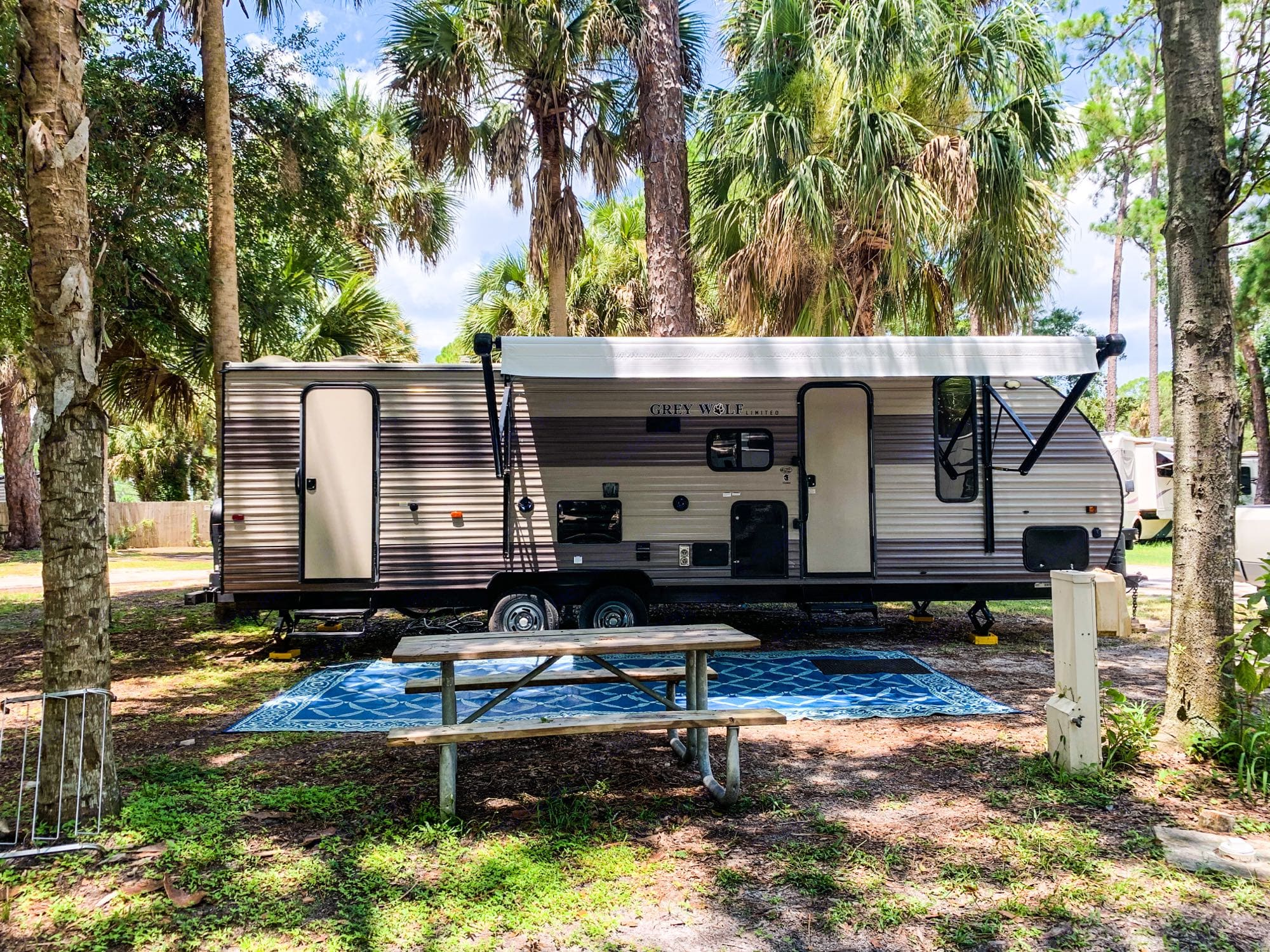 Campsite at Manatee Hammock in Titusville, FL. Forest River Cherokee Grey Wolf 2018