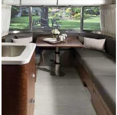 Panoramic views for sunrise/sunset meals. Airstream Globetrotter 2020