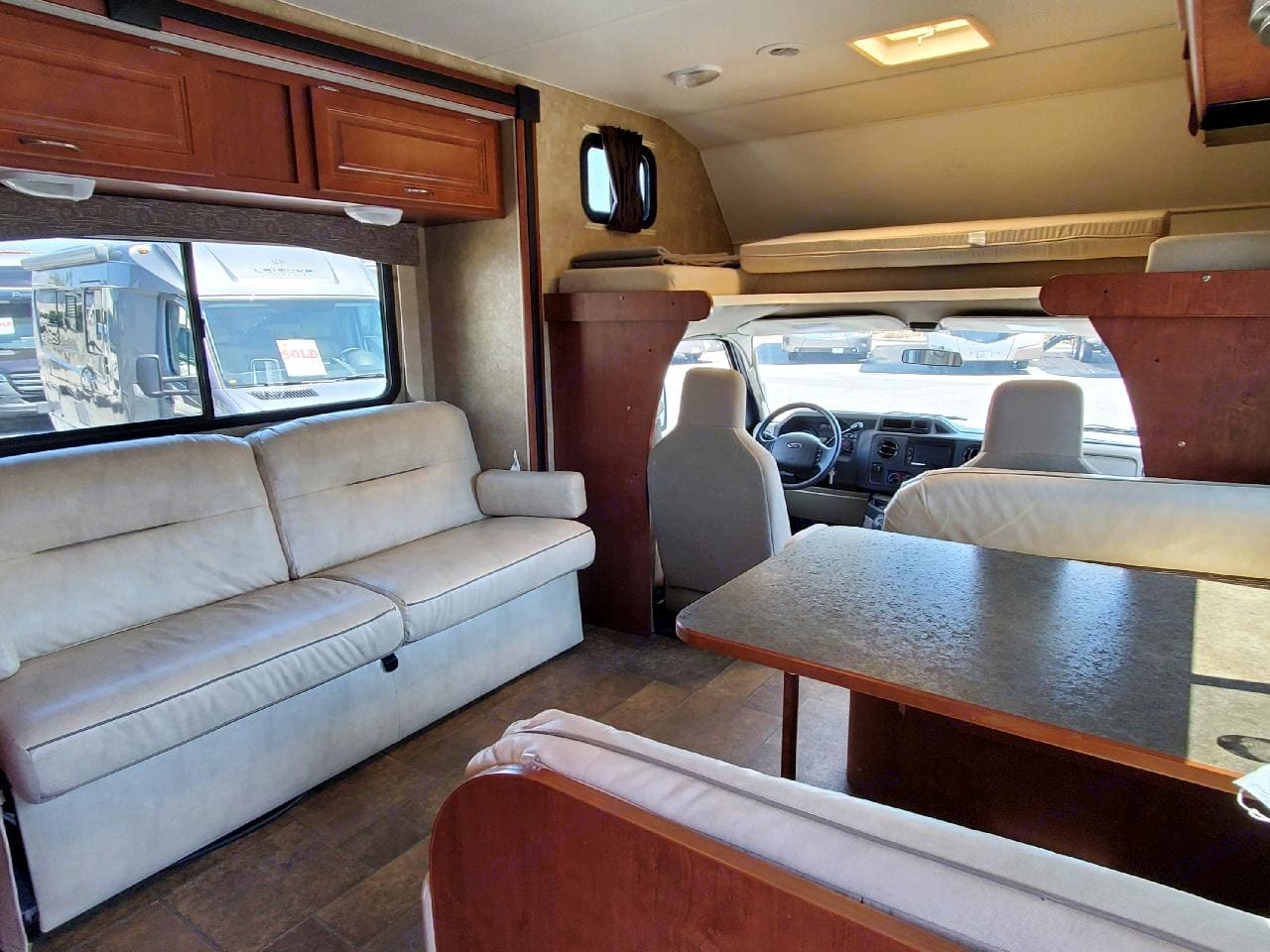 How spacious is this. (8) seatbelts for everyone to hangout and enjoy the ride. Winnebago Other 2014
