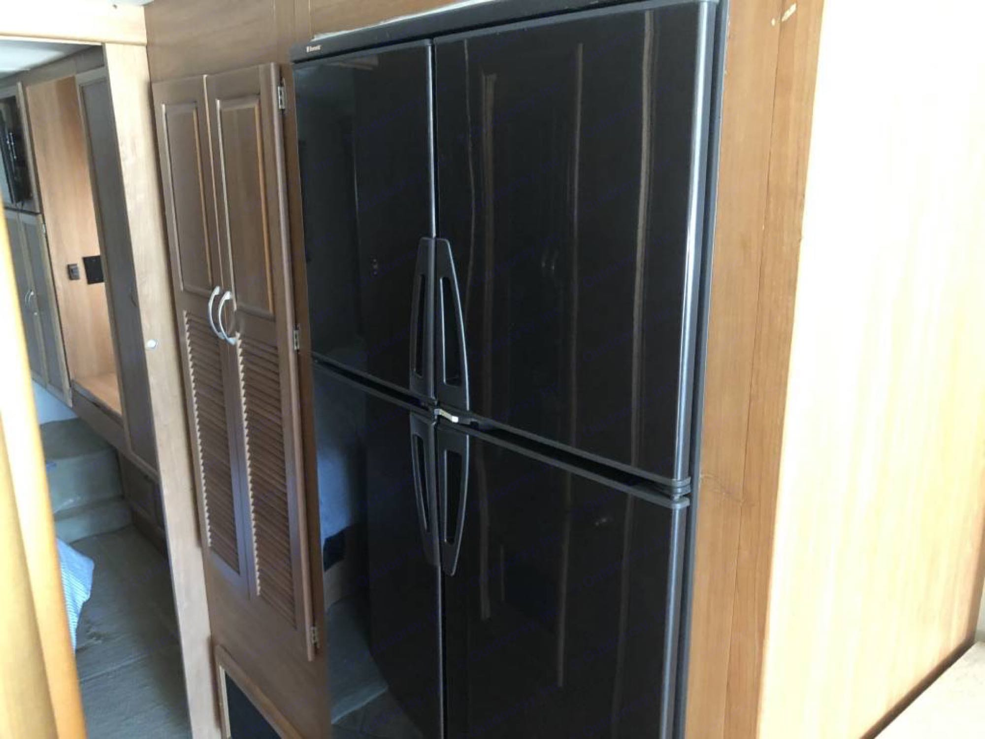 French door style Refrigerator/freezer w/ ice maker. National Tropical 2008