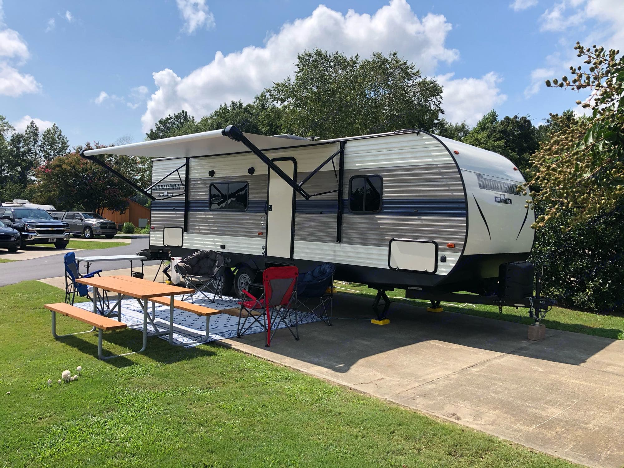 Another Outside Awning Pic. K-Z Manufacturing Sportsmen 260 BHSE 2020
