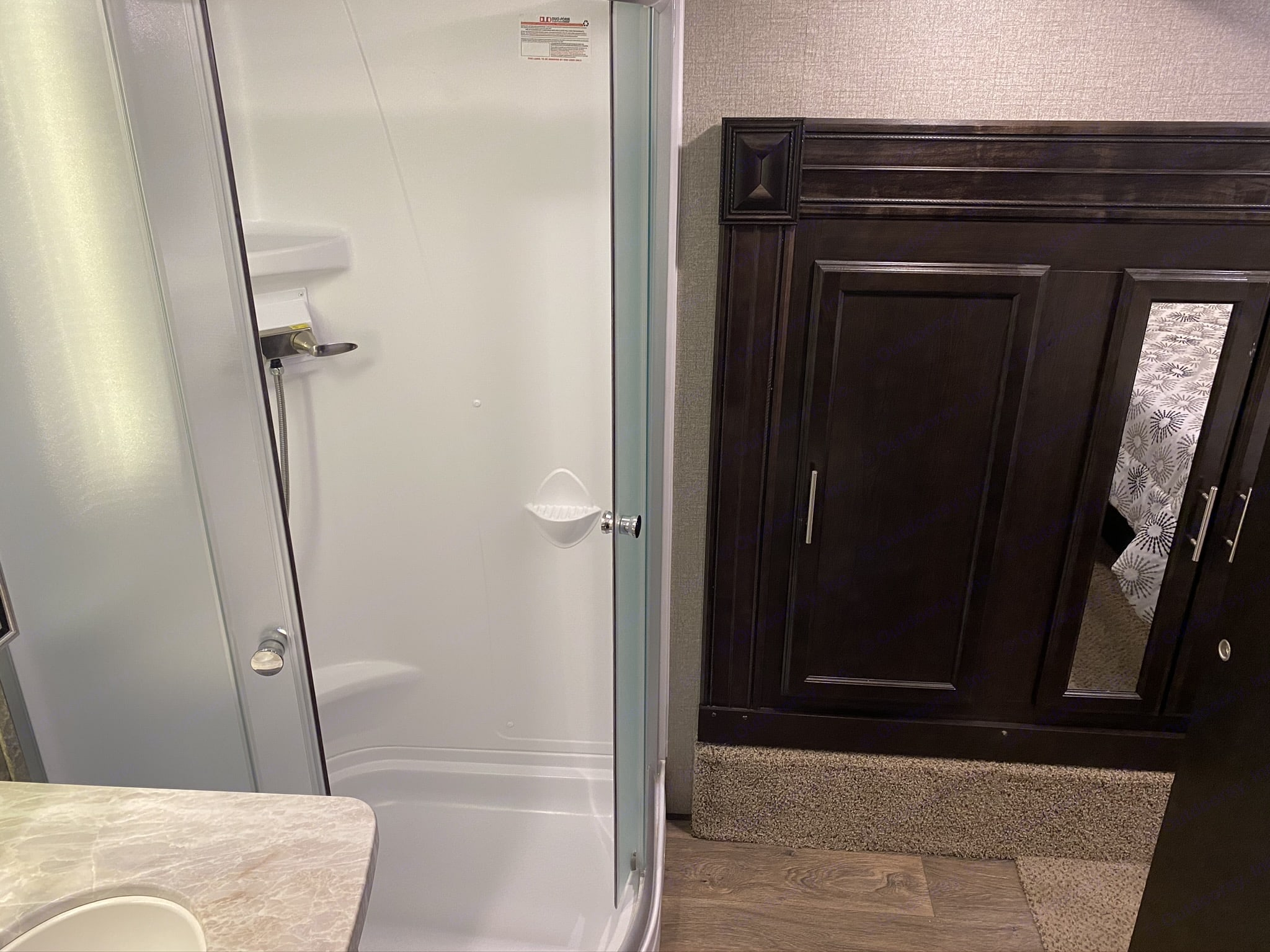 Bathroom. Jayco Eagle 2020