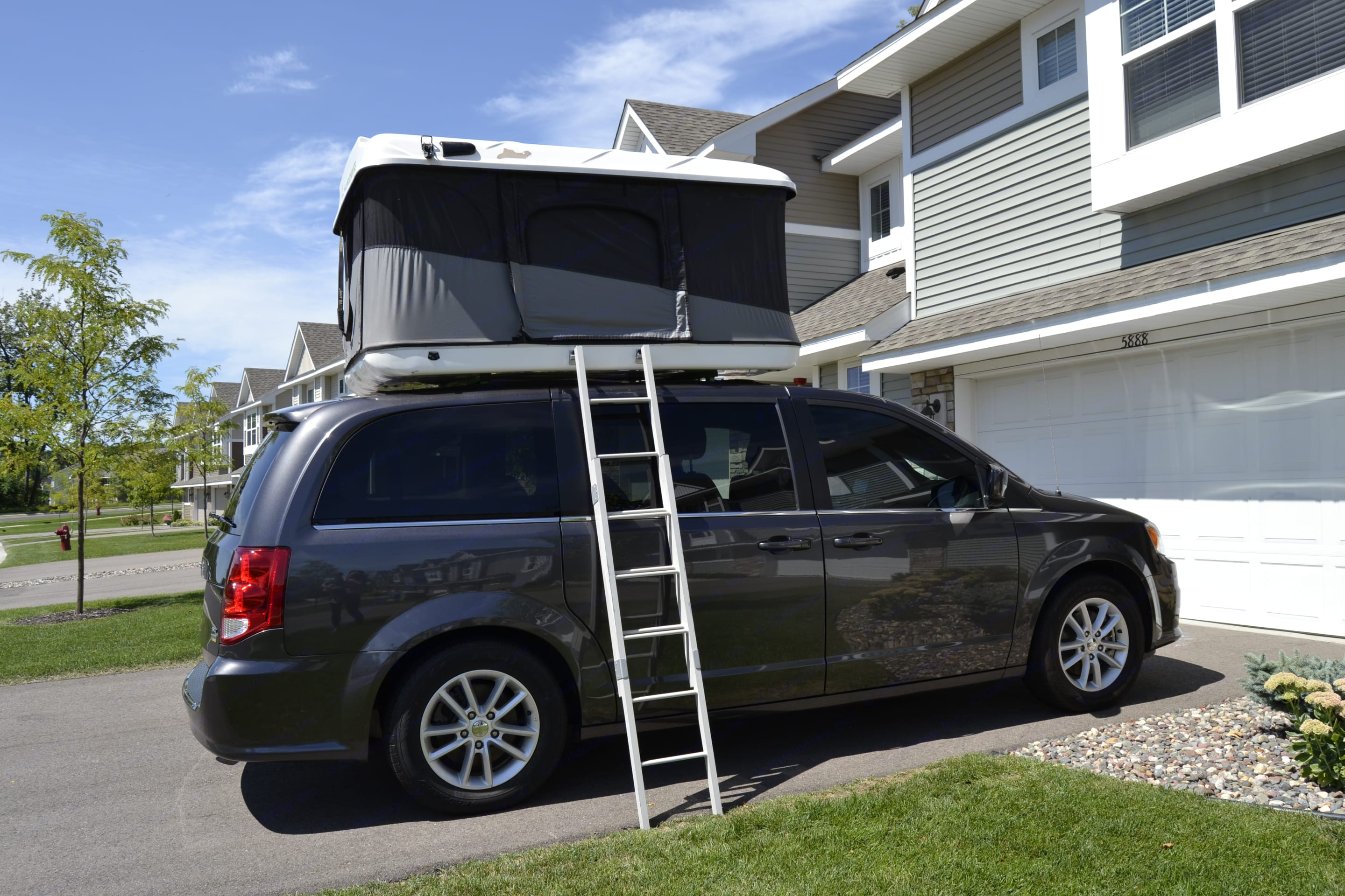 Easy Popup Rooftop Tent. Dodge Other 2018