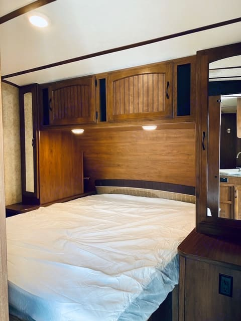 Spacious Master Bedroom with ample storage. Jayco White Hawk 2016