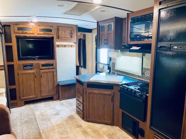Beautiful interior!. Jayco White Hawk 2016