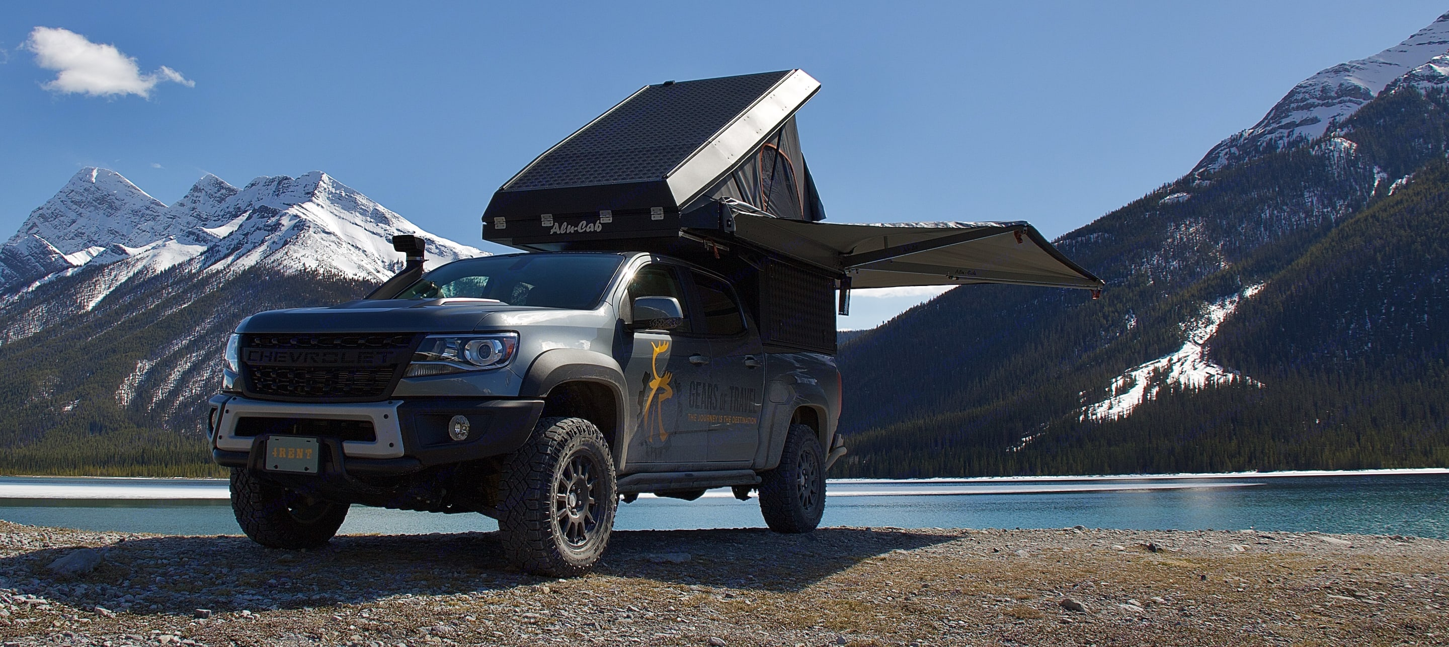 270° Awning protects from sun and rain. Chevrolet Colorado ZR2 Bison 2019