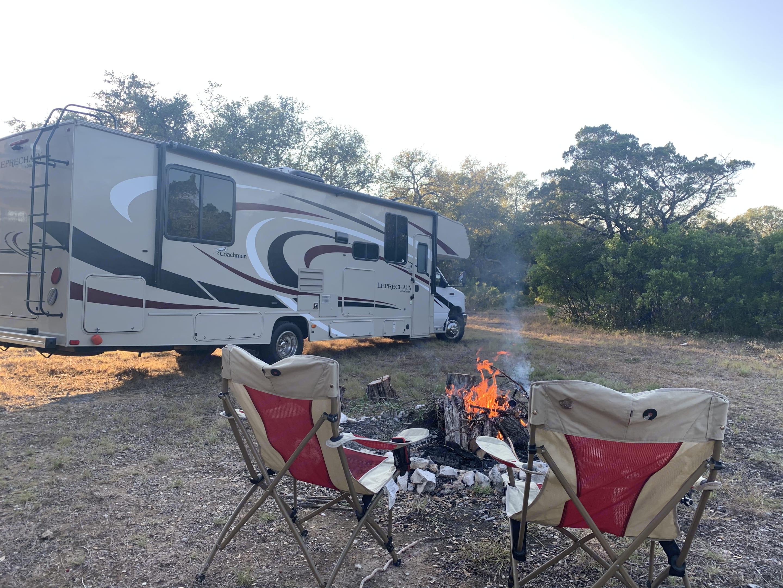 Texas Hill Country ambiance!. Coachmen Leprechaun 2020
