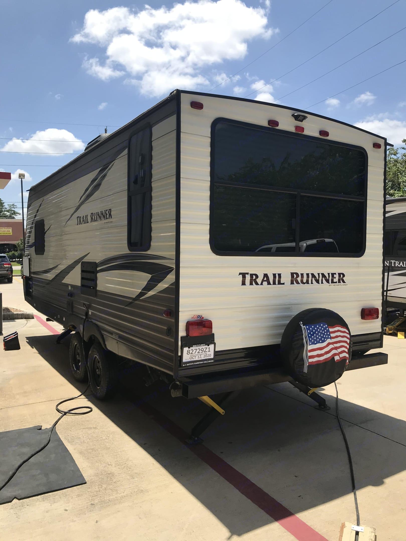 Lt Rear. Heartland Trail Runner 2019