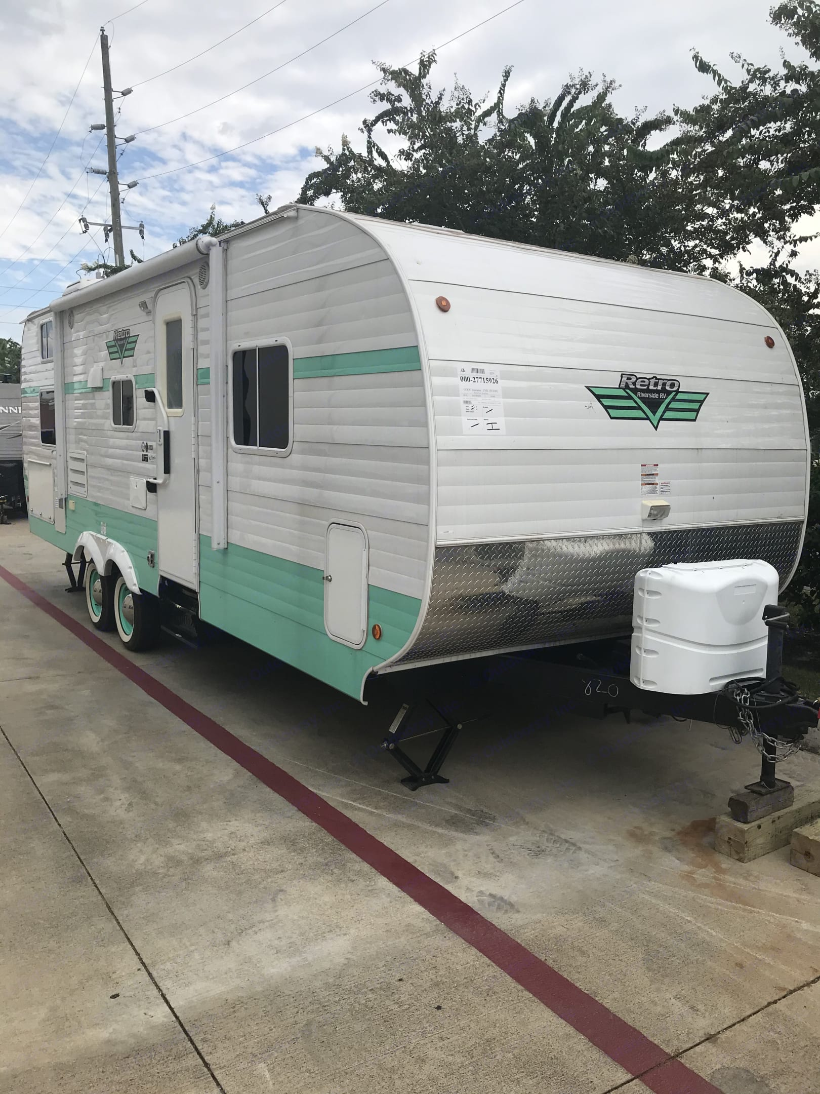 Frt and side. Riverside Retro 265RB 2019