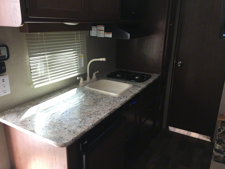 Kitchen area. Keystone Hideout 2017