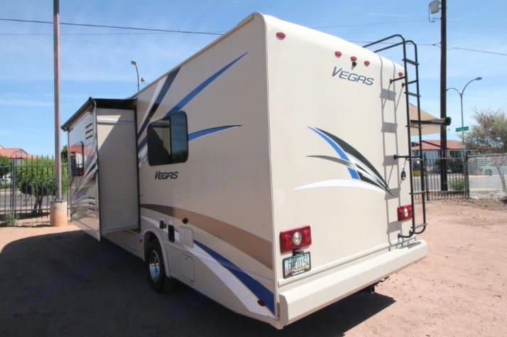 Thor Motor Coach Vegas 2018