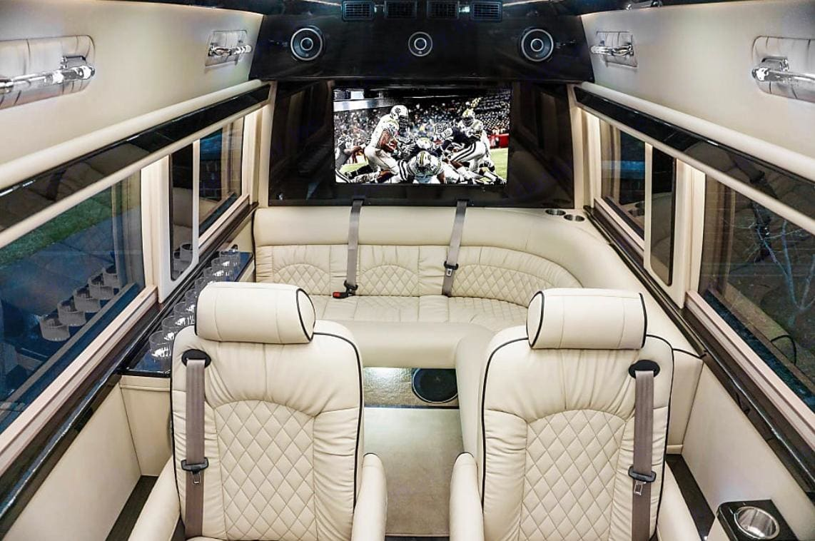 Ultimate Toys Ultimate Limo 2021