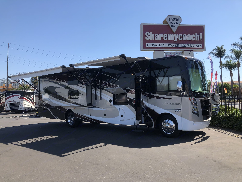 Thor Motor Coach Challenger 2017