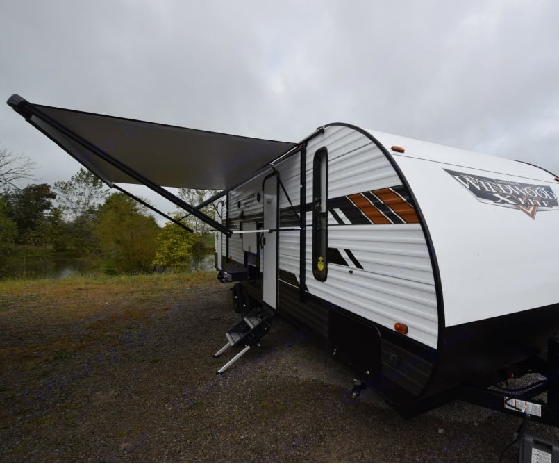 Power Awning. Forest River Wildwood X-Lite 2021