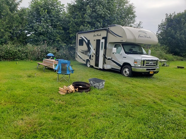 Chillaxing for a couple of days just south of Seaside.. Thor Motor Coach Four Winds 2019