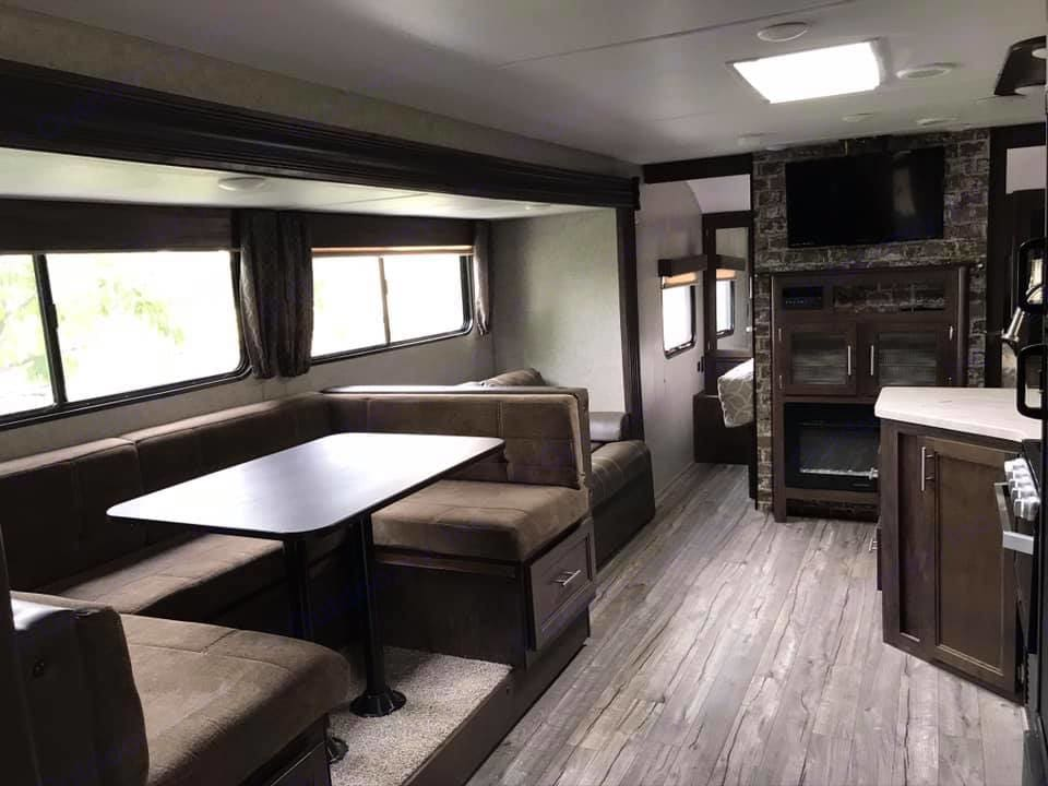 U-Shaped Couch and Table. Forest River Cherokee Grey Wolf 2018