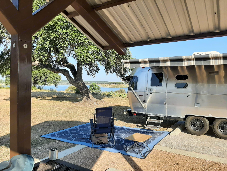 Lake time. Airstream Globetrotter 2018