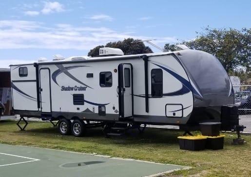 35ft Travel Trailer. Cruiser Rv Corp Shadow Cruiser 2015