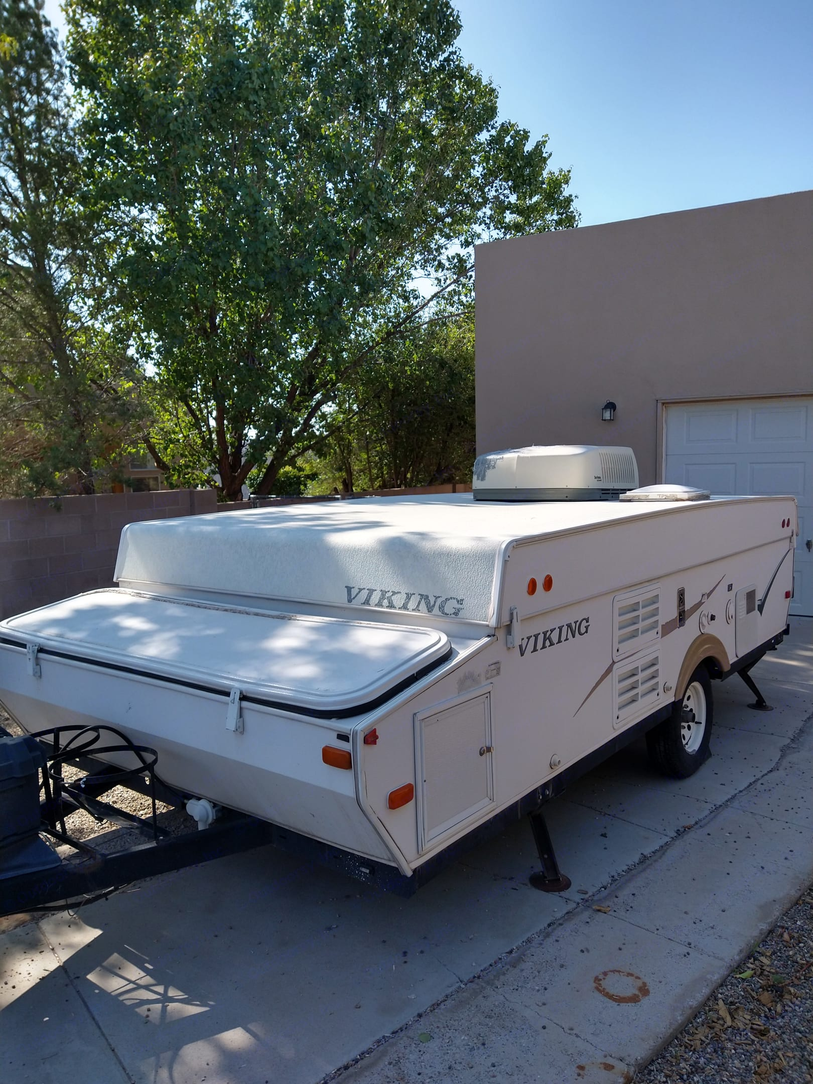 Side access to front storage plus panels to control power source for refrigerator.. Viking 2470 ST Legend 2007