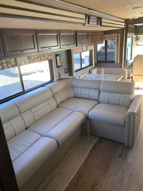 Generous and comfortable seating. Tiffin Motorhomes Allegro Open Road 2020