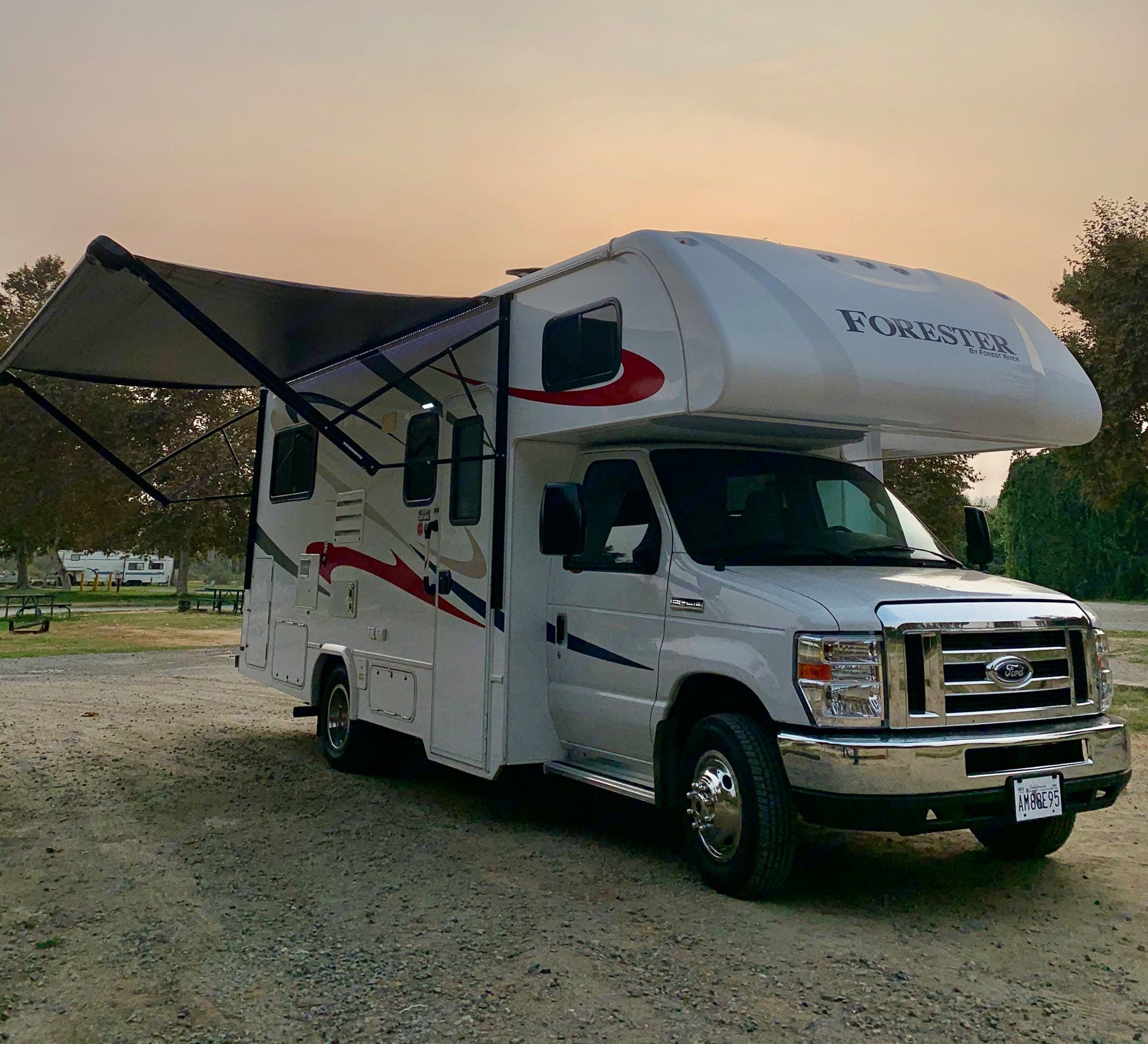 RV Awning. Forest River Forester 2018