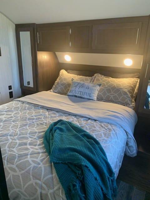 Bedroom. Forest River Cherokee 2019