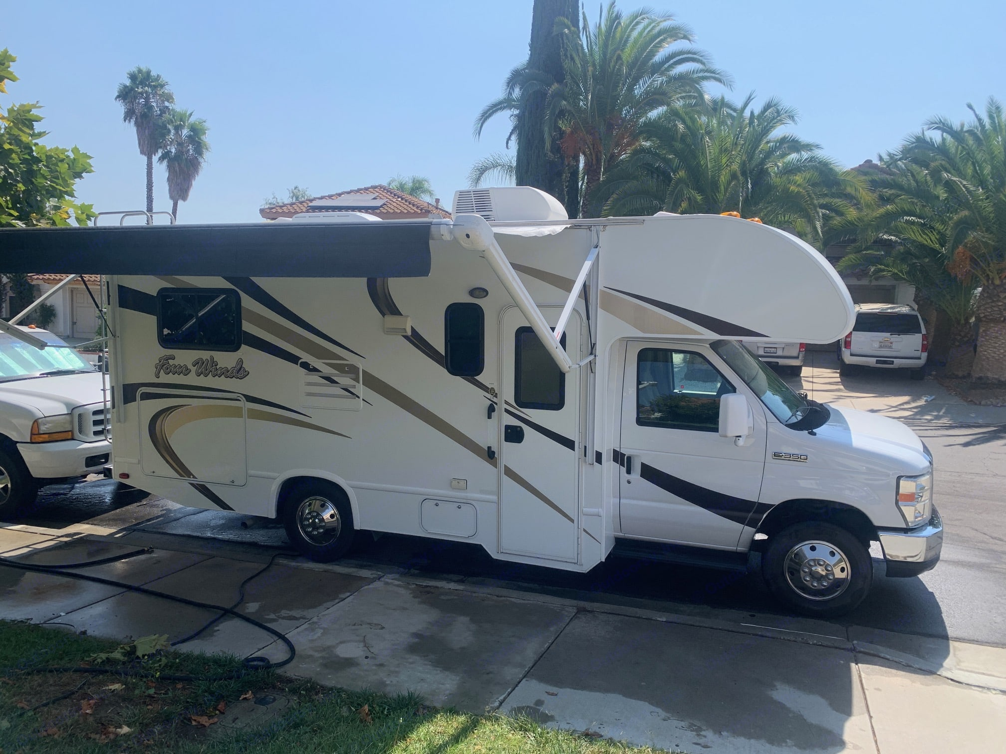 Meet your new best friend, Kindred!. Thor Motor Coach Four Winds 2015