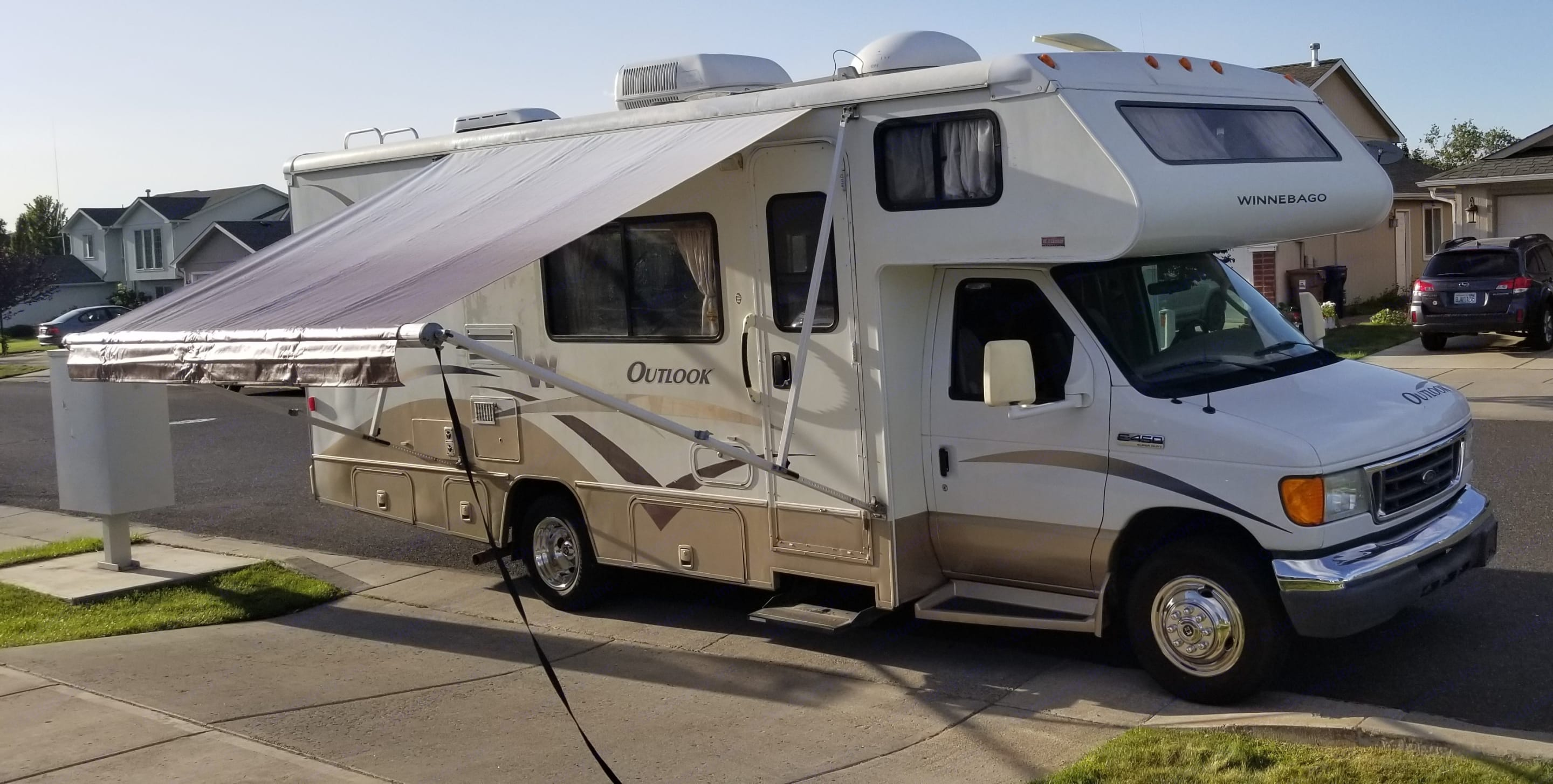 Latest with Awning. Winnebago Outlook 2006