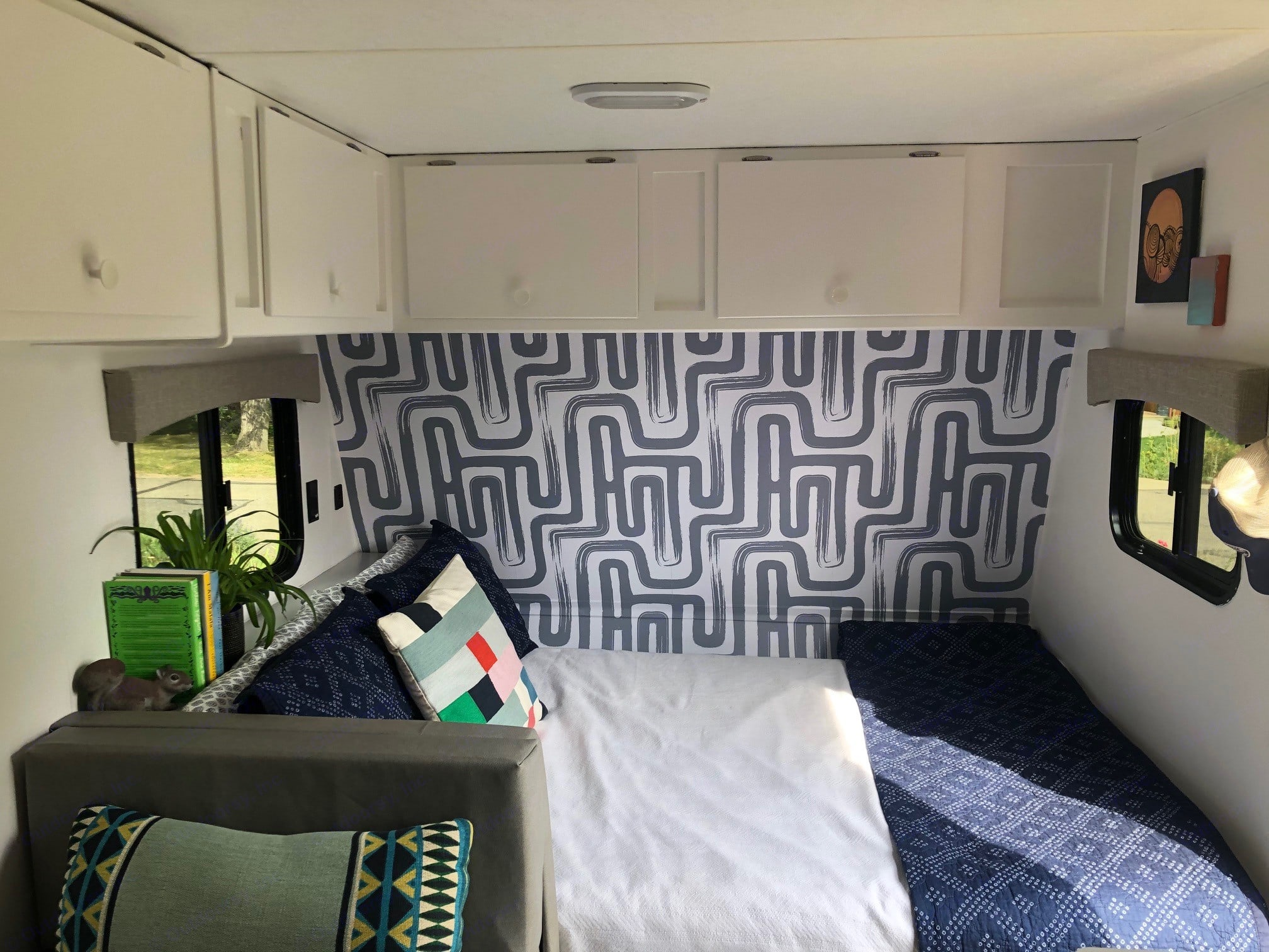 Queen bed with storage above and pass-through storage below. Viking Saga 17sbh 2018
