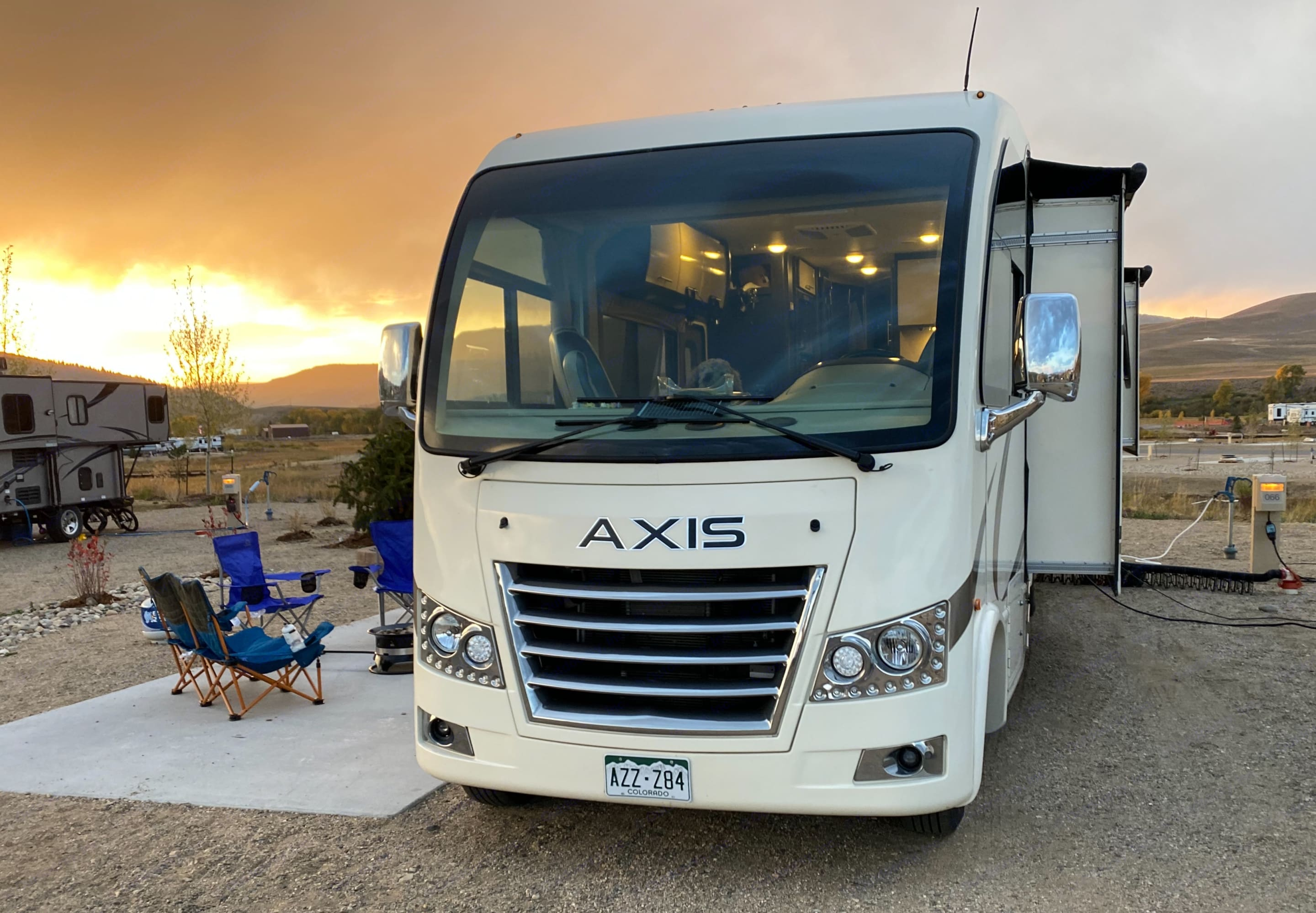 Class C size in a Class A look! Electric awning use included!. Thor Motor Coach Axis 2019