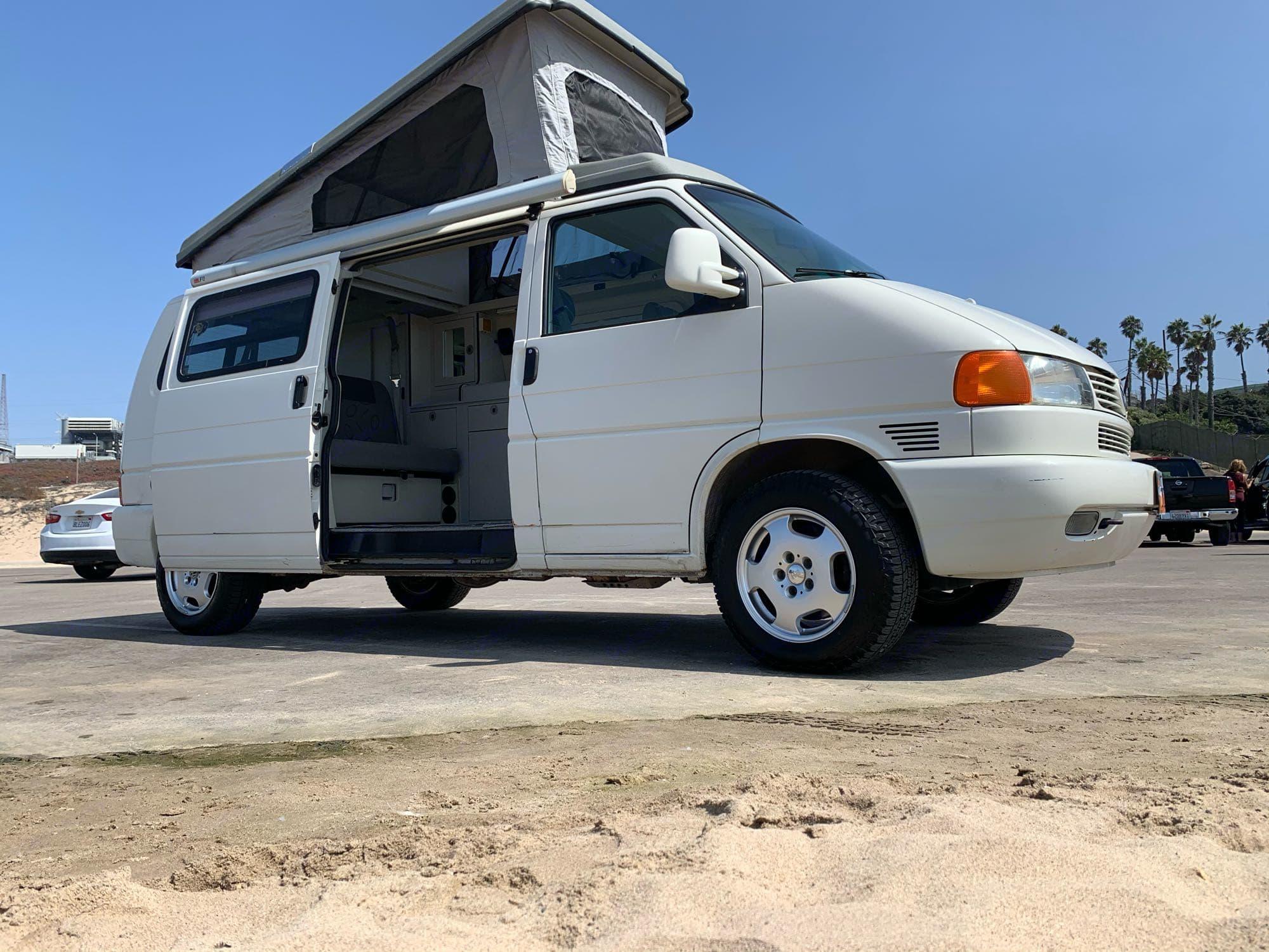 Volkswagen Eurovan Campervan 2001