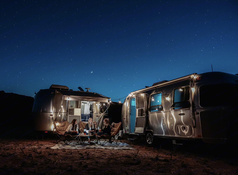 Sleep under the stars in luxury and comfort. Airstream Bambi 2020