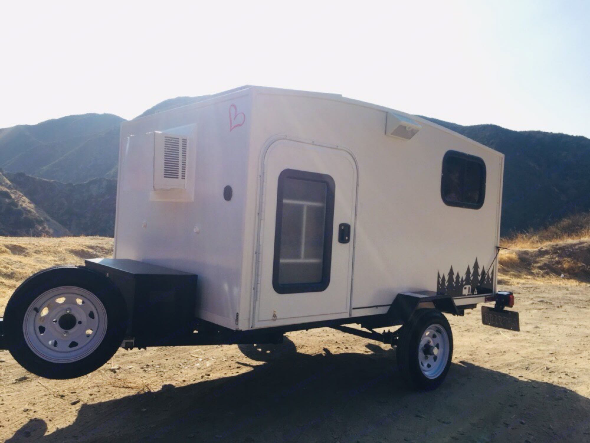 Pull to the mountains. Towable Sleeper 2018