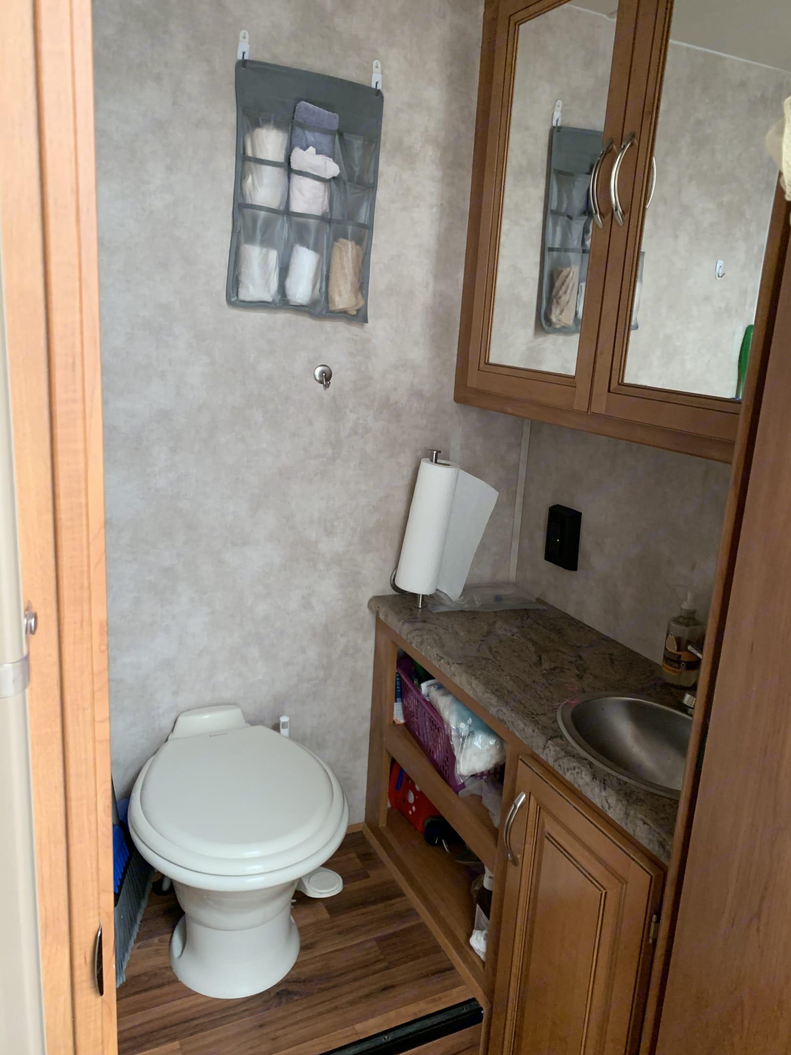 Bathroom. Nexus Phantom 2017