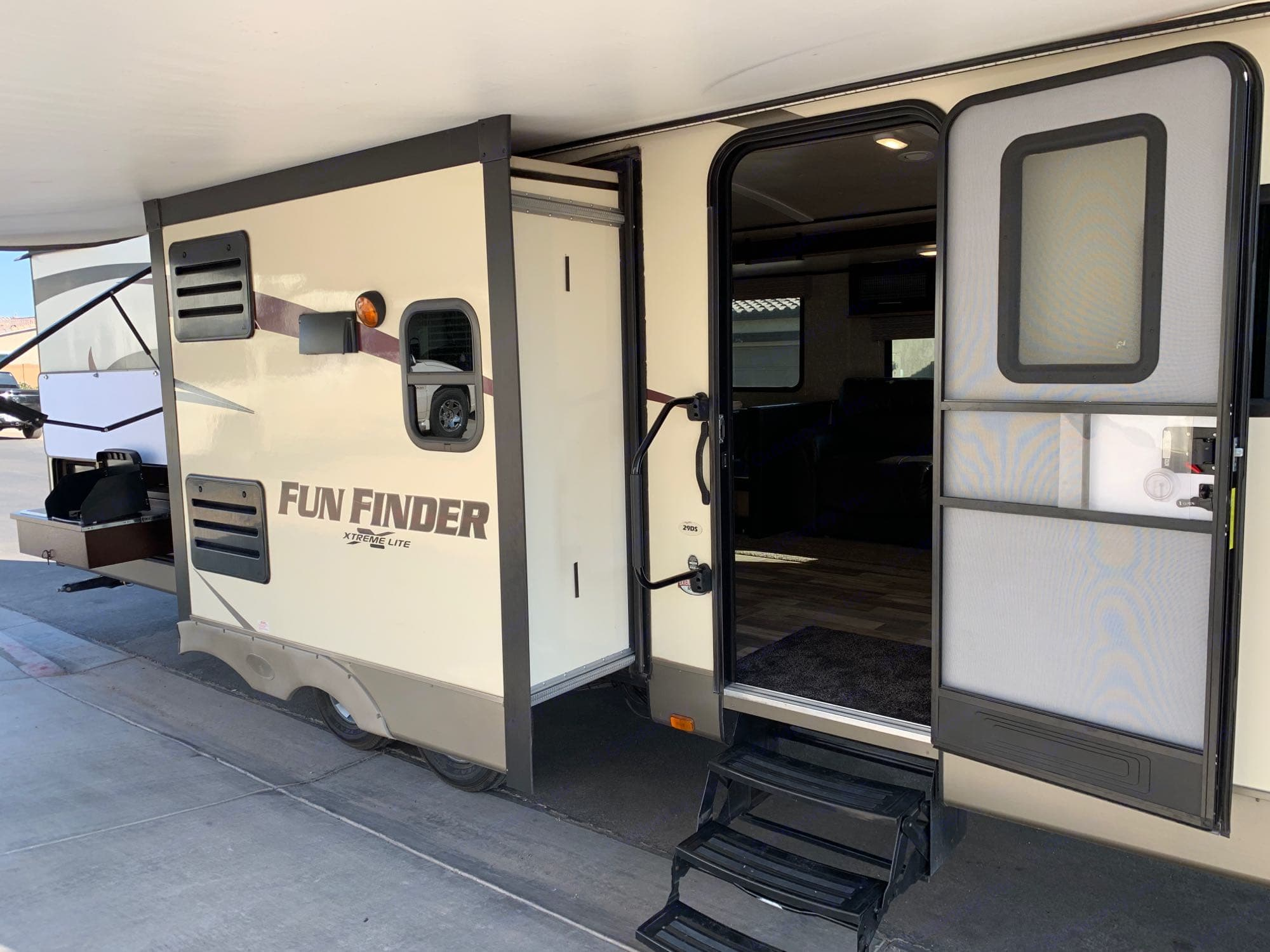 Cruiser Rv Corp Fun Finder Xtra 2017