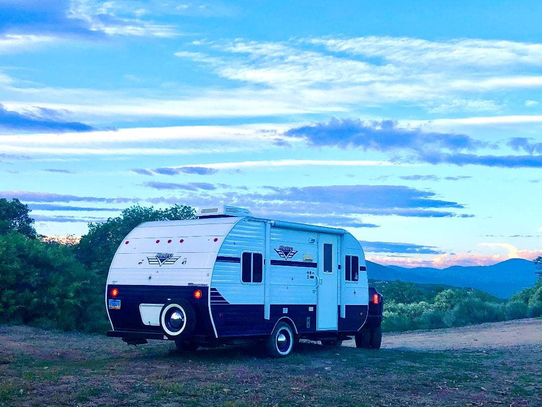 This is the trailer that gets all of the attention on the road and at campsites! Seriously!. Riverside Rv Retro 177 SE 2018