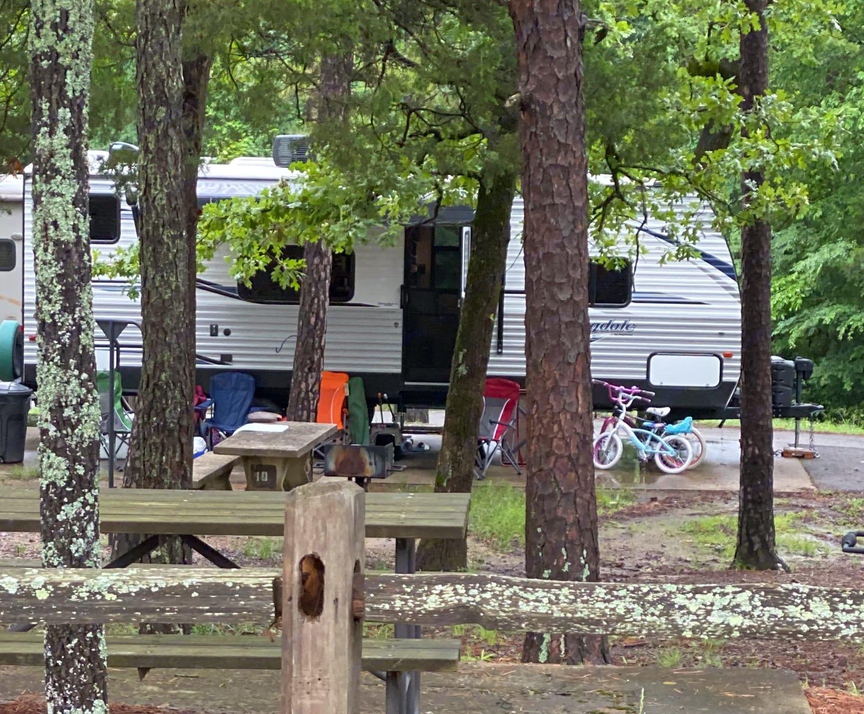 Oklahoma- Robbers Cave. Keystone Springdale 2020