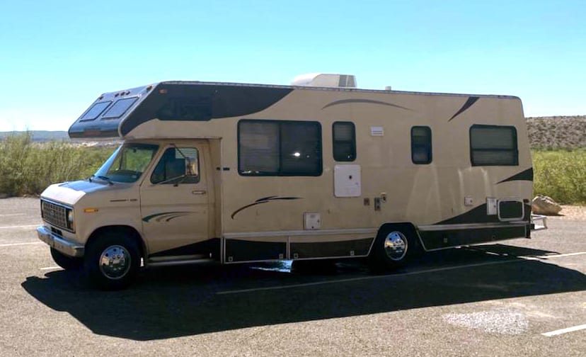 to the great plains of west Texas October 2020. Winnebago Warrior 1990