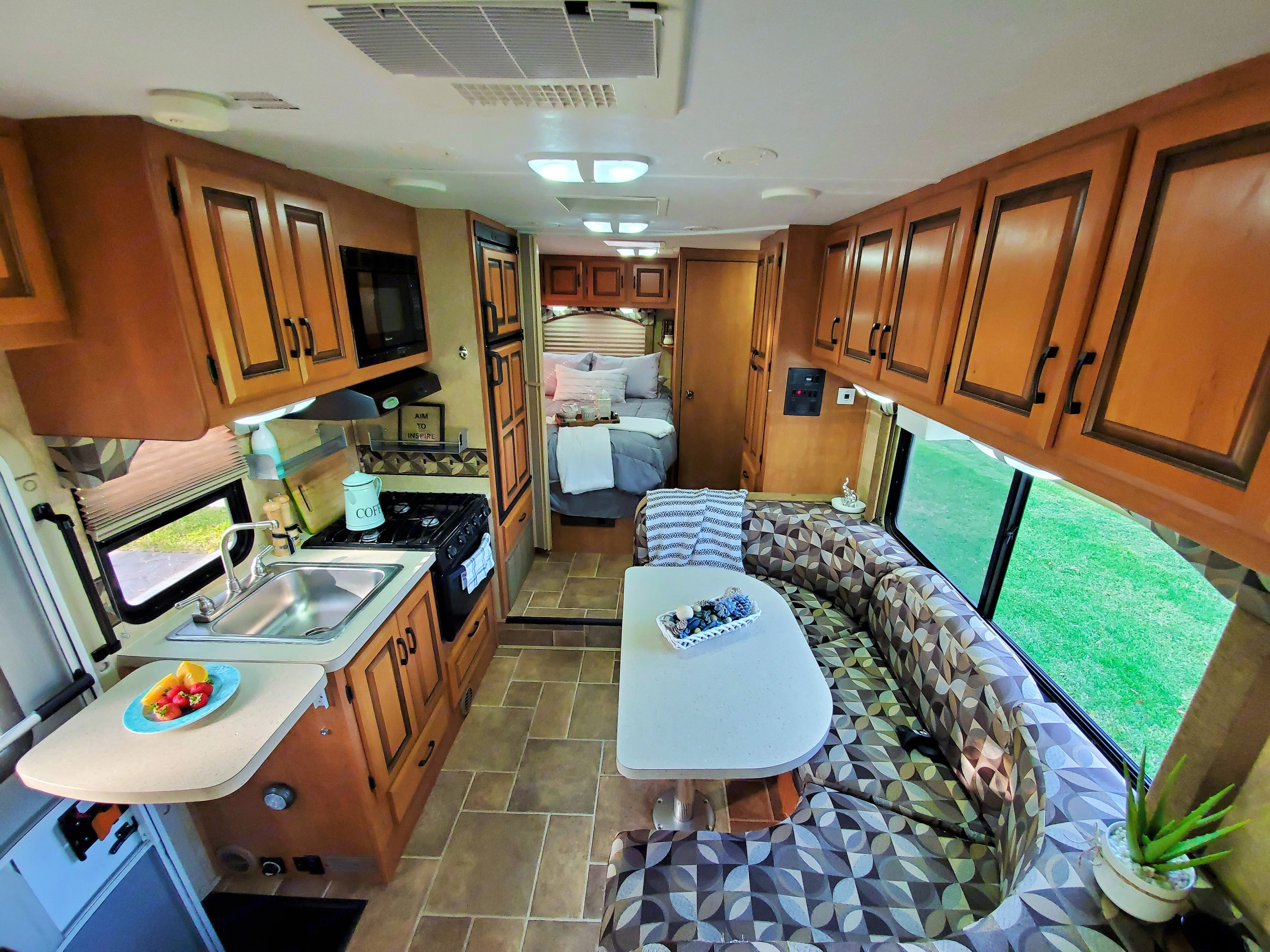 Specious interior. Forest River Sunseeker 2011