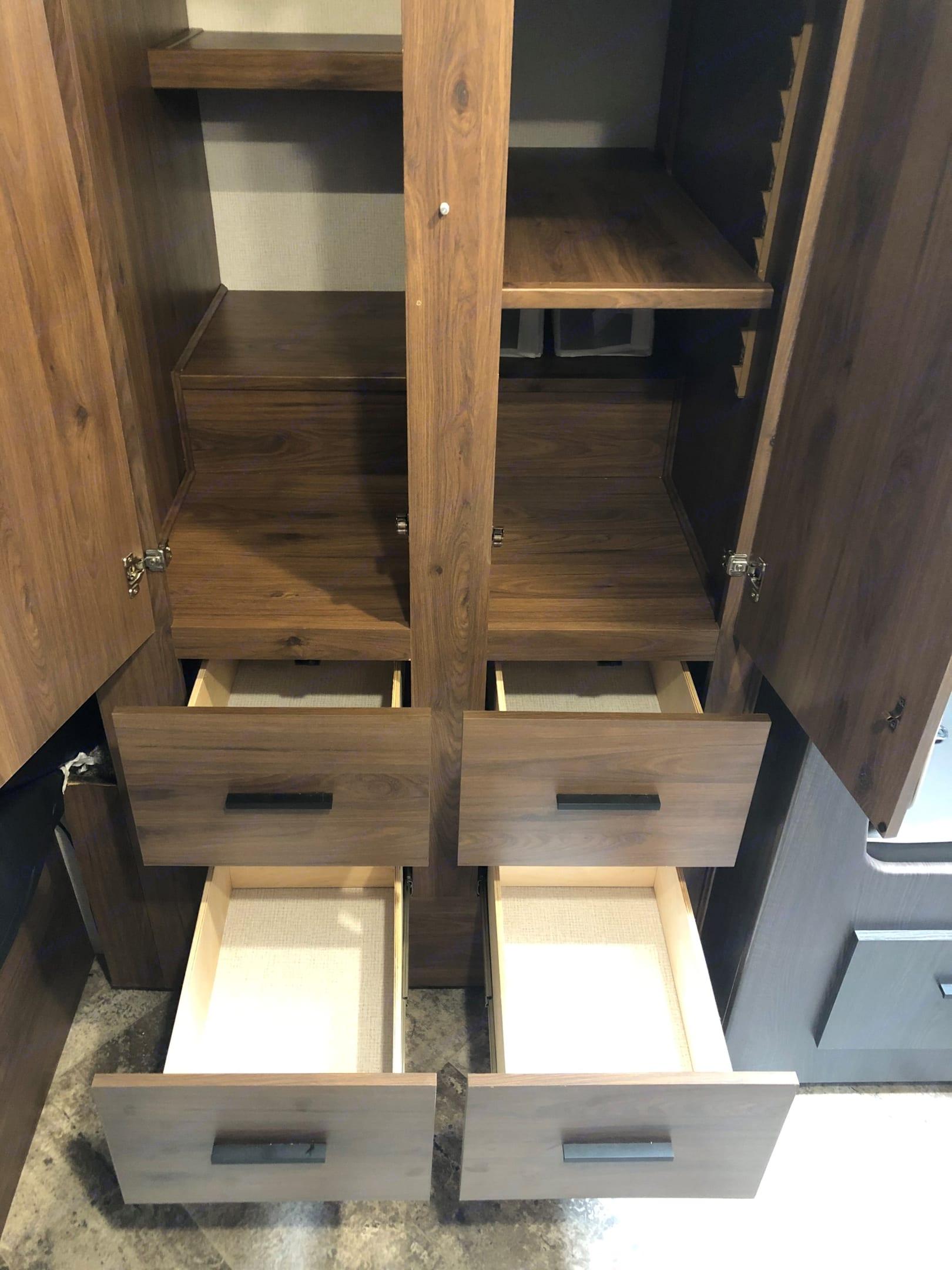 Bedroom closet. Forest River Sunseeker 2021